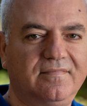 מומי  דהן, מרצה וחוקר בתחומים כלכלה ציבורית, אי שיוויון ומדיניות ציבורית